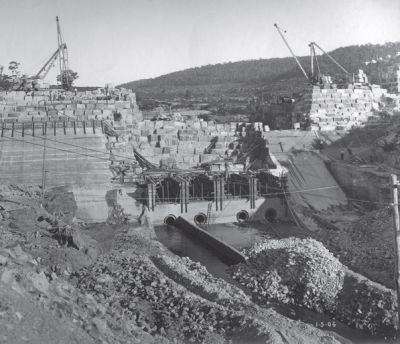 old image showing construction of the dam from a distance
