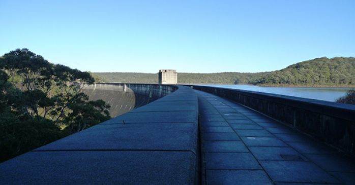 Top of curved dam wall