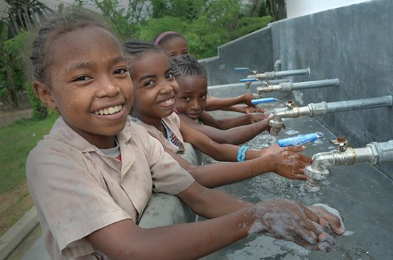 Kids washing hands in Madagascar